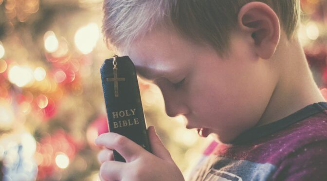 How to Start a Bible Reading Routine for Your Kids this Year
